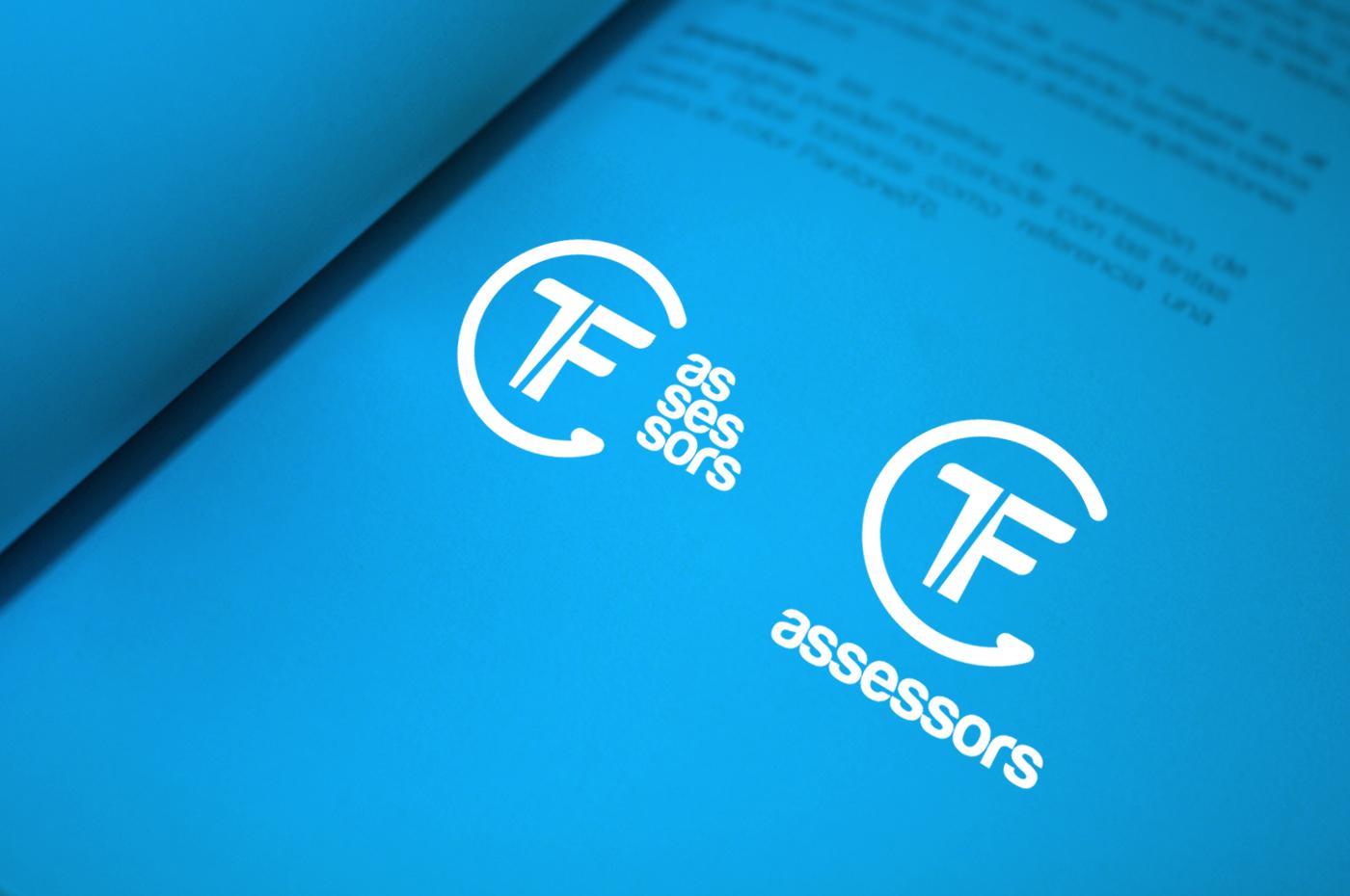 TF-ASSESSORS-logo-versio-negatiu